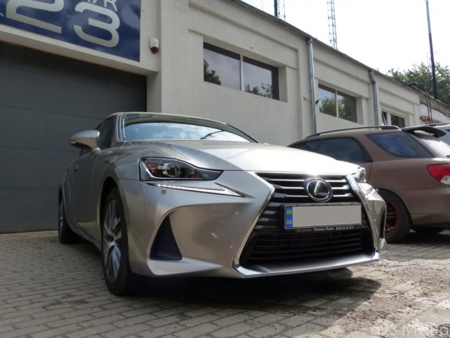 lexus is antigravijka vesna 2018 1