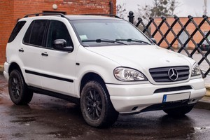 mercedes ml old plivka gbo tv cd2c89abe8593bb9bdcd32dc4bb712fd