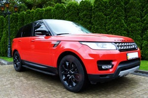 range rover red tv 4b6a02489605757ee2562bad5be133f2